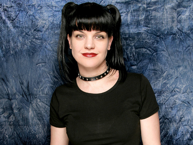 pauley-perrette-blue