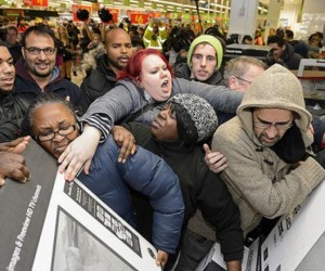 shoppers-get-into-the-madness-of-black-friday-sales